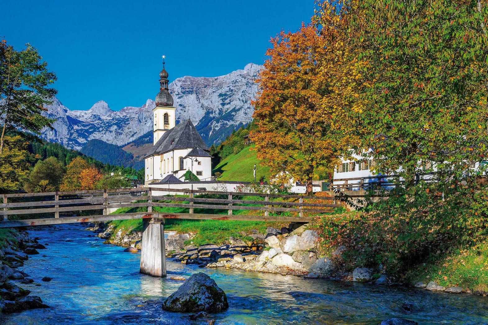 Ramsauer Kirche St. Sebastian, sie liegt im Ortszentrum und gehört zum Gebiet der Gnotschaft Taubensee.